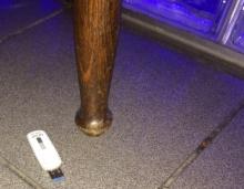 Een verloren USB stick is een datalek als daar gevoelige informatie op staat.